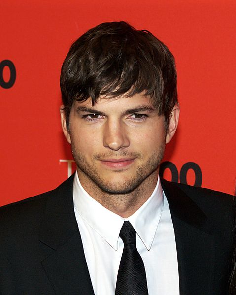CBS confirma la entrada de Ashton Kutcher a Two and a Half Men