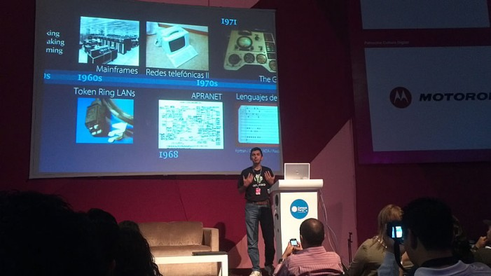 "Video: Charla ""Periodismo digital exitoso en medios sociales"" en Campus Party  México"