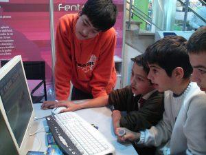 Niños en Internet / Foto: Orfeo17 (CC)